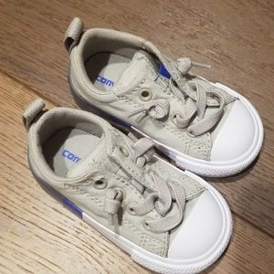 Converse sneakers toddler size
